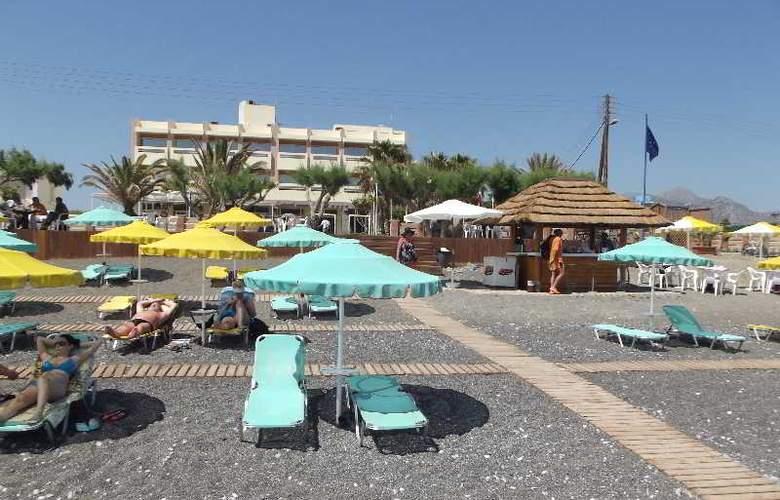 Tylissos Beach Hotel - Beach - 13