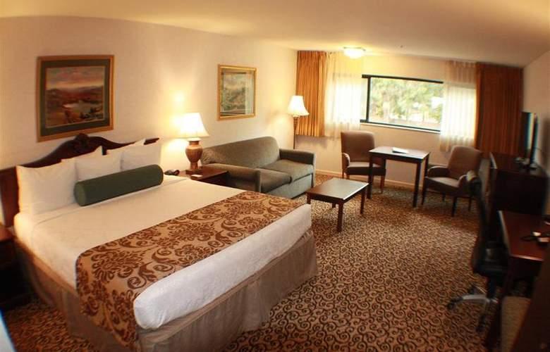 Best Western Plus Inn At The Vines - Room - 21