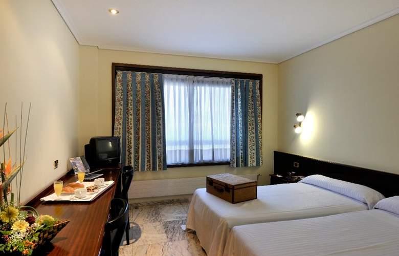 Apartamentos Bahia de Vigo - Room - 2