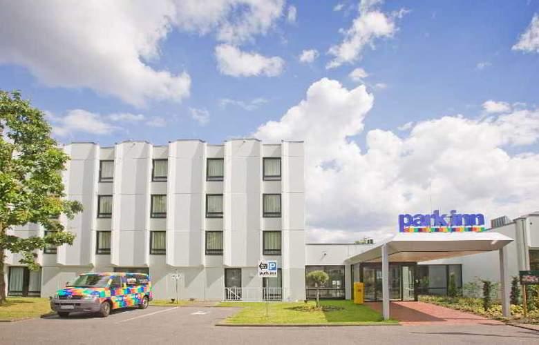 Park Inn by Radisson Hamburg Nord - Hotel - 8