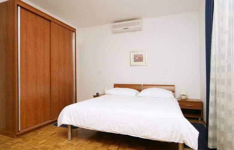 Villa Pucisca - Room - 1