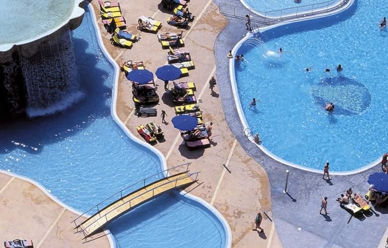Gran Hotel Bali - Pool - 3