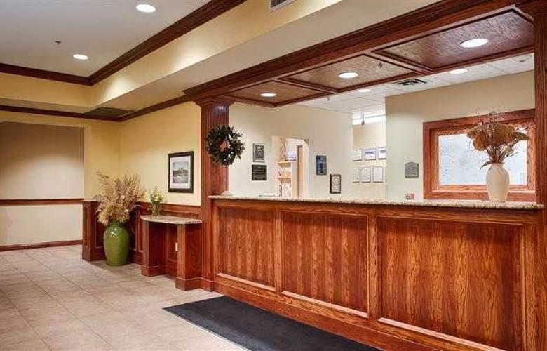 Best Western Butterfield Inn - Hotel - 19