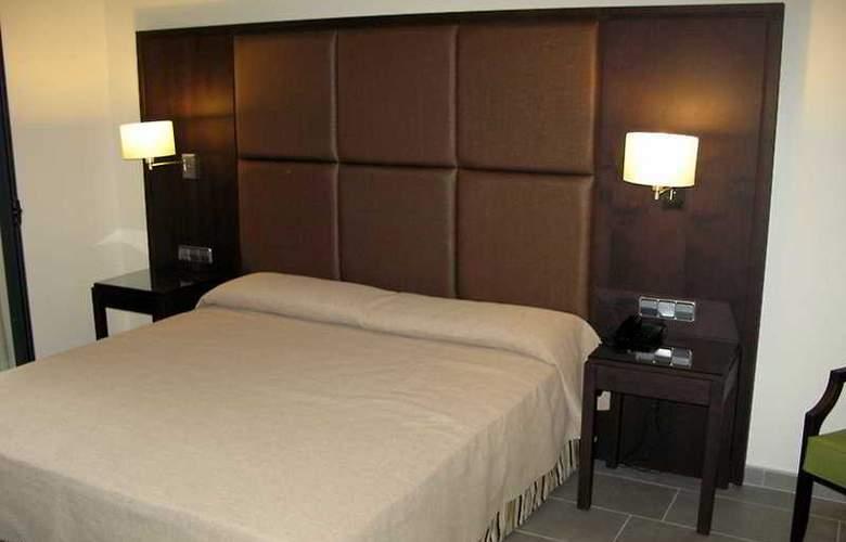 Fiesta Hotel Cala Gracio - Room - 14