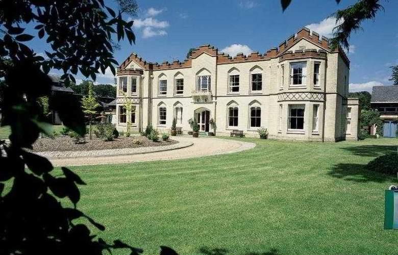 De Vere Uplands House - Hotel - 0