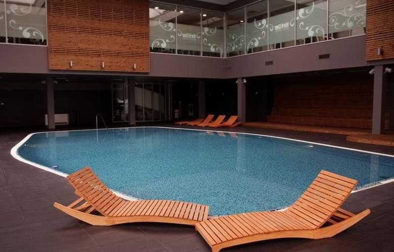 Westin Zagreb - Pool - 3