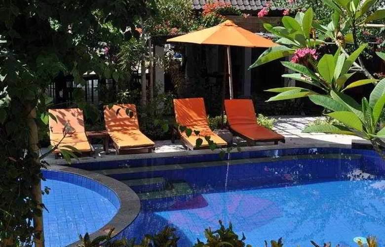 Danima Resort Lombok - Pool - 5
