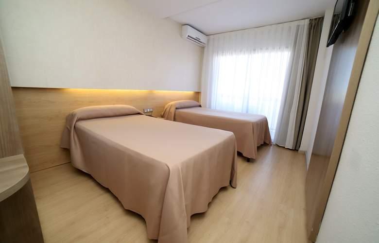 Eurosalou - Room - 15