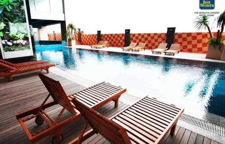 Best Western Mangga Dua - Pool - 4