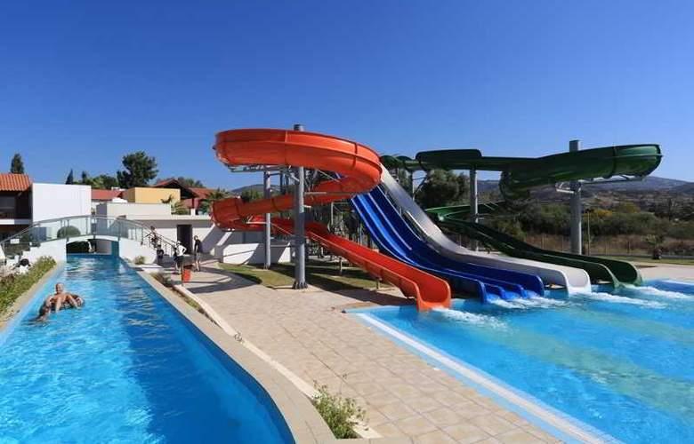 Aquasol Holiday Village - Pool - 8