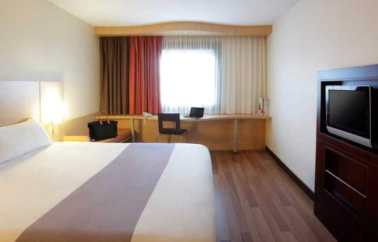 ibis Budapest Heroes Square - Room - 8