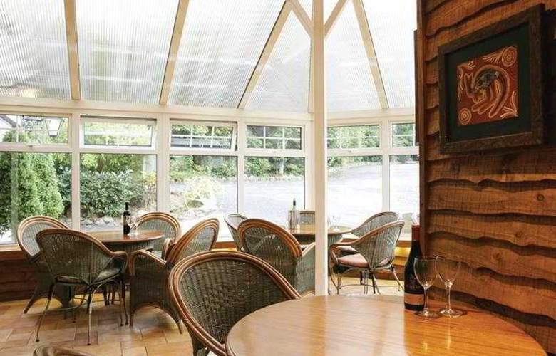 Waterwheel Inn Hotel - Terrace - 9