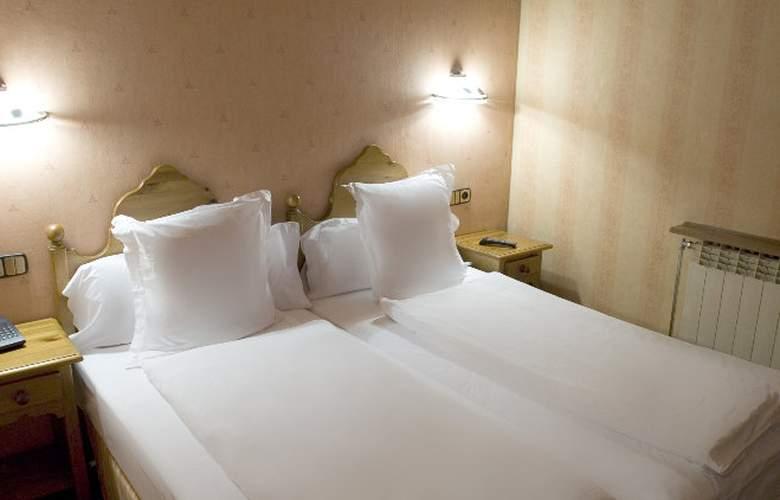Anyos Park Hotel - Room - 4