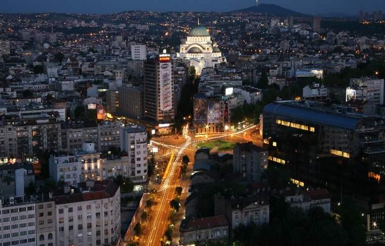 Slavija Garni - Hotel - 13