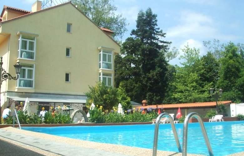 Balneario Parque de Alceda - Pool - 0