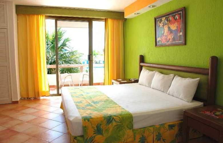 Solymar Beach Resort - Room - 2