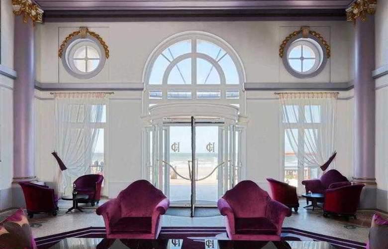 Le Grand Hôtel Cabourg - Hotel - 38