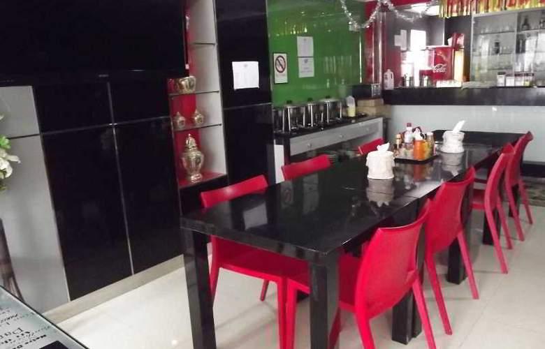 Richly Villa - Restaurant - 11