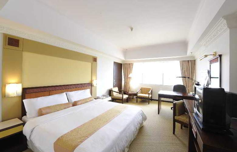 Grand Margherita Hotel, Kuching - Room - 11