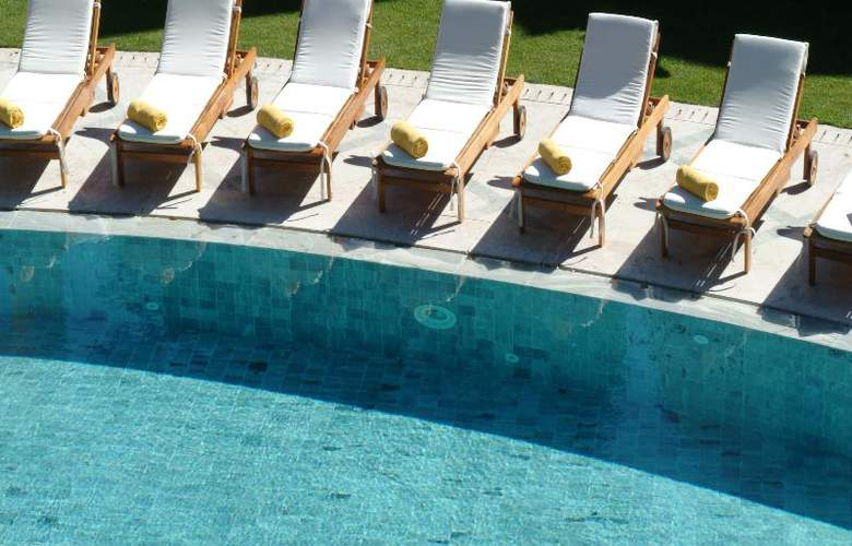 Pestana Palace Hotel and National Monument - Pool - 24