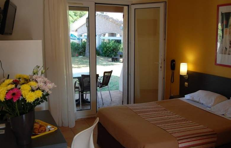 Royal Hotel Aigues Mortes - Room - 5