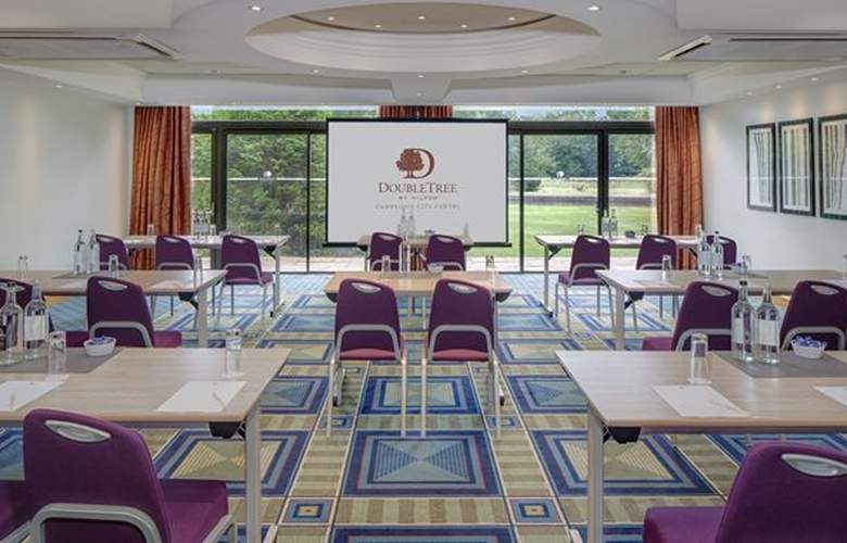 DoubleTree by Hilton Hotel Cambridge City Centre - Conference - 17