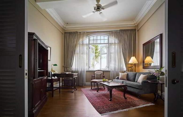 Eastern and Oriental Hotel Penang - Room - 30