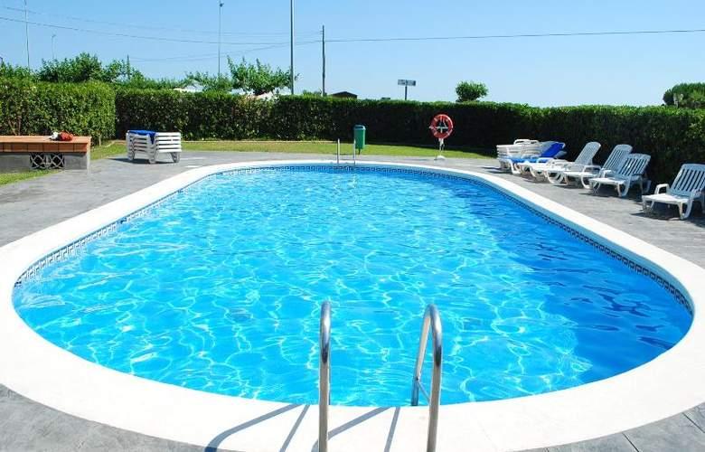 Suaces Apartamentos Turírticos - Pool - 8