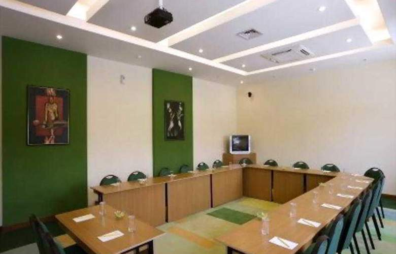Lemon Tree Hinjawadi Pune - Conference - 5