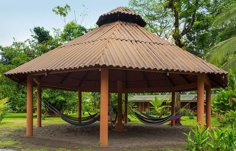 Laguna Lodge - Environment - 3