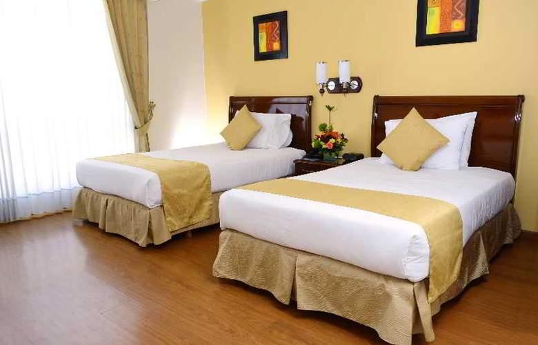 San Pablo Bogota - Room - 9
