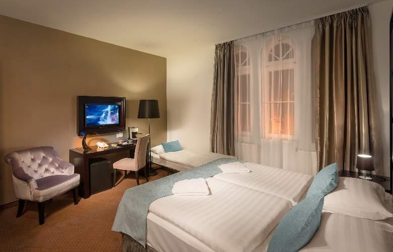 Bastion Hotel Budapest - Room - 8