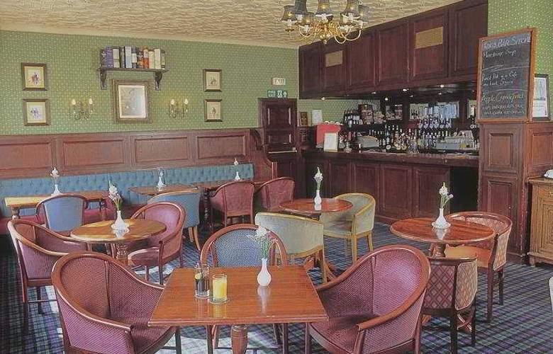 Royal Ivy Hotel - Bar - 3