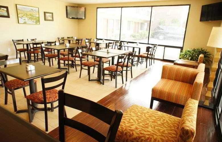 Best Western Plus Orchard Inn - Hotel - 17