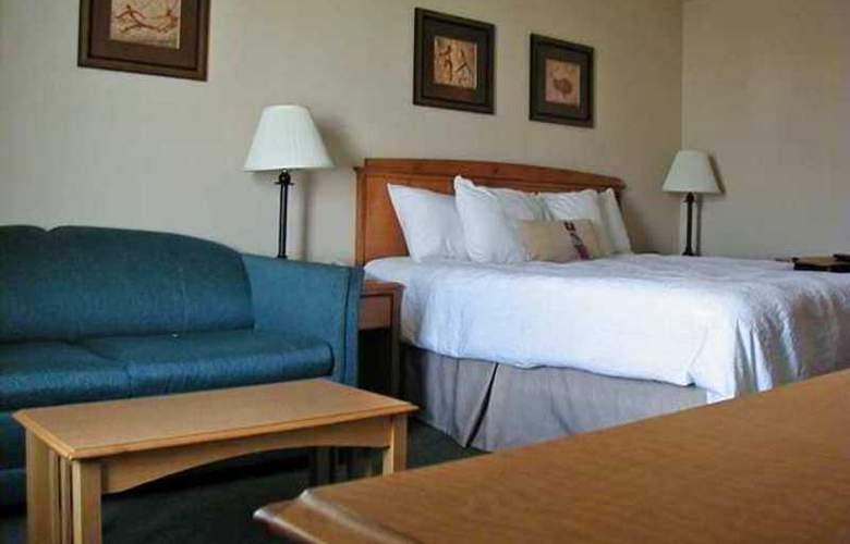 Hampton Inn Helena - Hotel - 10