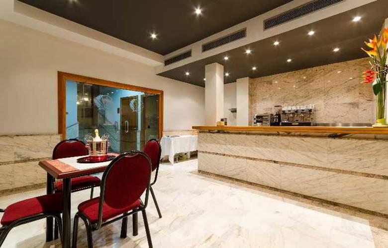 Conquista de Toledo - Restaurant - 22