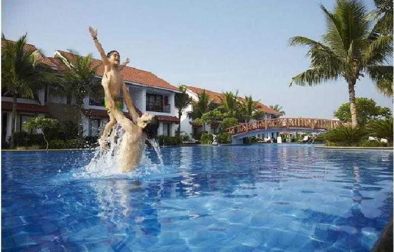 Radisson Resort Temple Bay Mamallapuram - Pool - 10