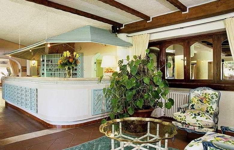 Smeraldo Beach Grand Hotel - Restaurant - 1