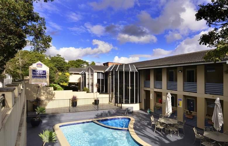 Best Western Twin Towers Inn - Pool - 32