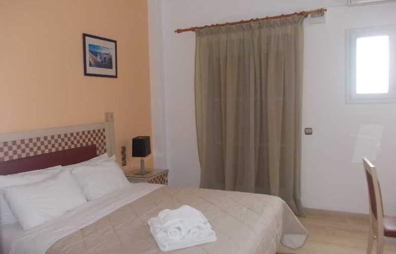 Black Sand Hotel - Room - 12