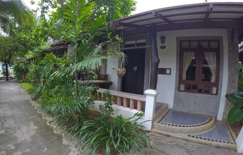 Bangtao Beach Chalet Phuket - Hotel - 27