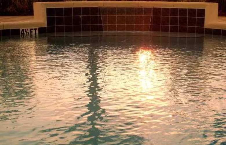 Hampton Inn & Suites Destin/Sandestin - Hotel - 5