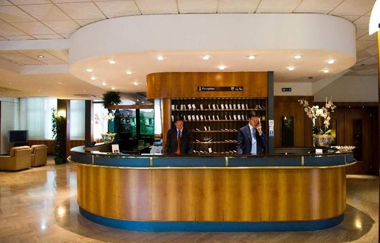 Minerva Arezzo - Hotel - 5