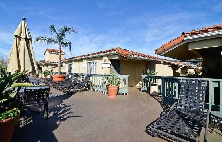 Best Western Plus Laguna Brisas Spa Hotel - Hotel - 5