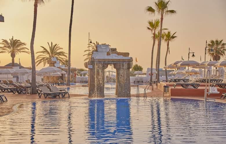 Marconfort Costa del Sol - Pool - 13