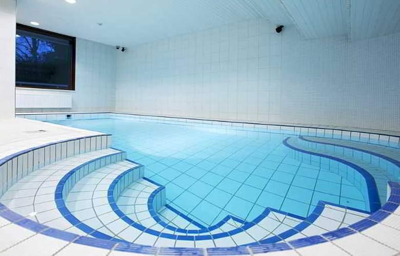 Original Sokos Tapiola Garden - Pool - 11