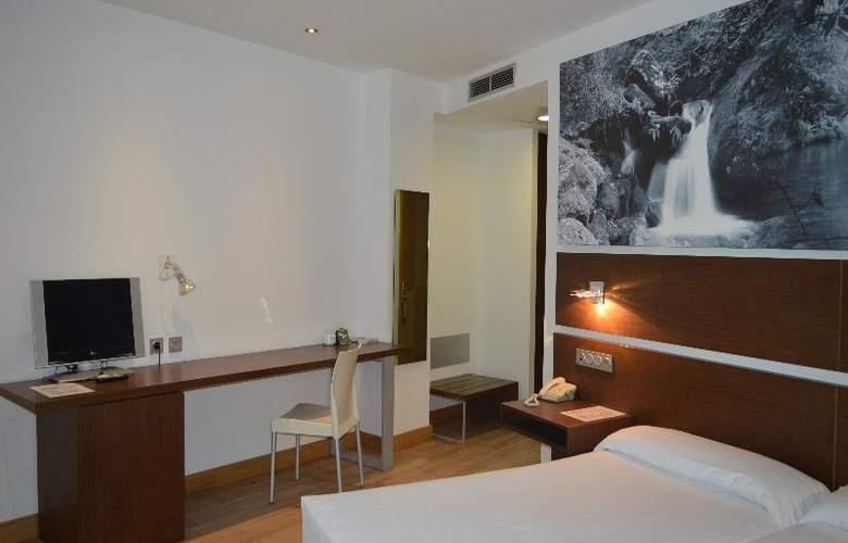 Sercotel Odeon - Room - 14