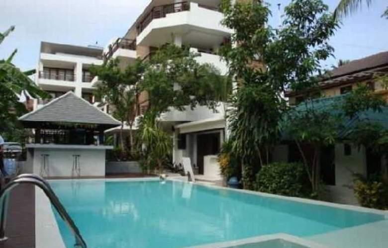 Evergreen Resort - Pool - 10