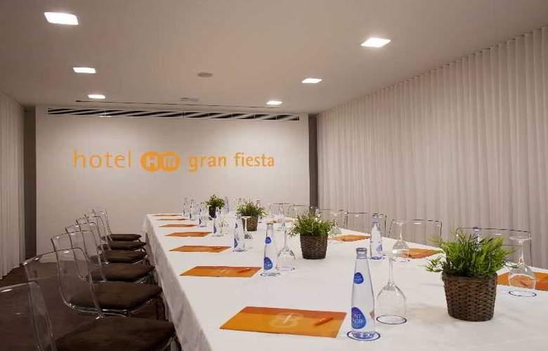HM Gran Fiesta - Conference - 32