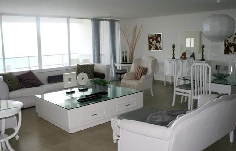 Xeliter Marbella - Room - 11